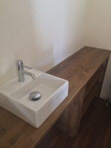 手洗いカウンターの写真