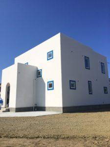 サントリーニ島ヴィラ風注文住宅の外観写真3