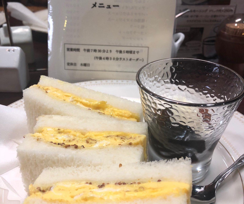 厚切り玉子サンドの写真